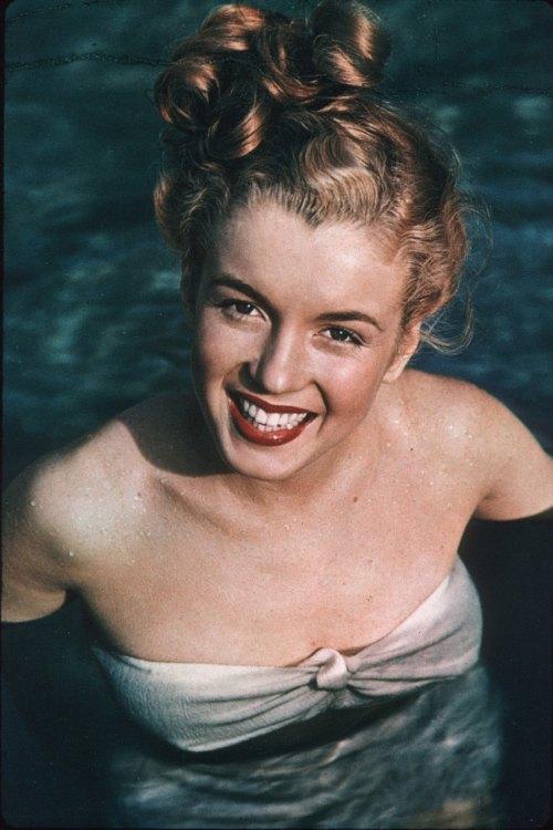 Norma-Jeane-Wilshire-Pool